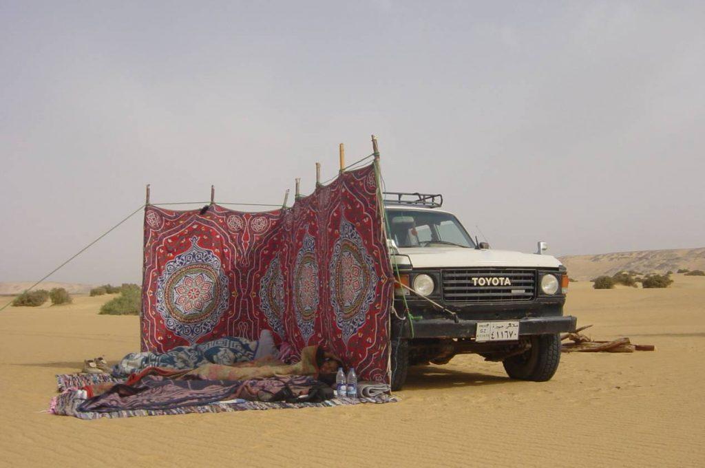 Desert-noir-desert-blanc-egypte-bivouac