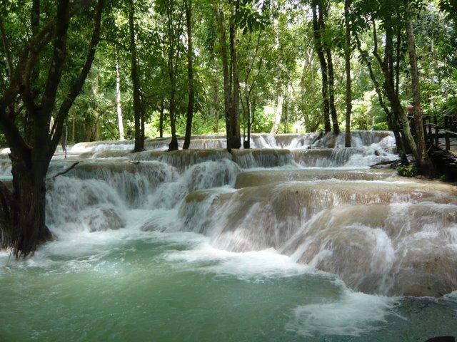 Luang-Prabang-capitale-Laos-riviere