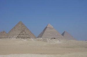 Comment découvrir la ville et les pyramides du Caire?