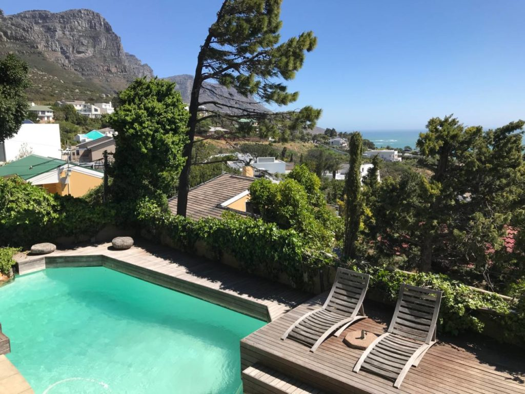 appartement camps bay