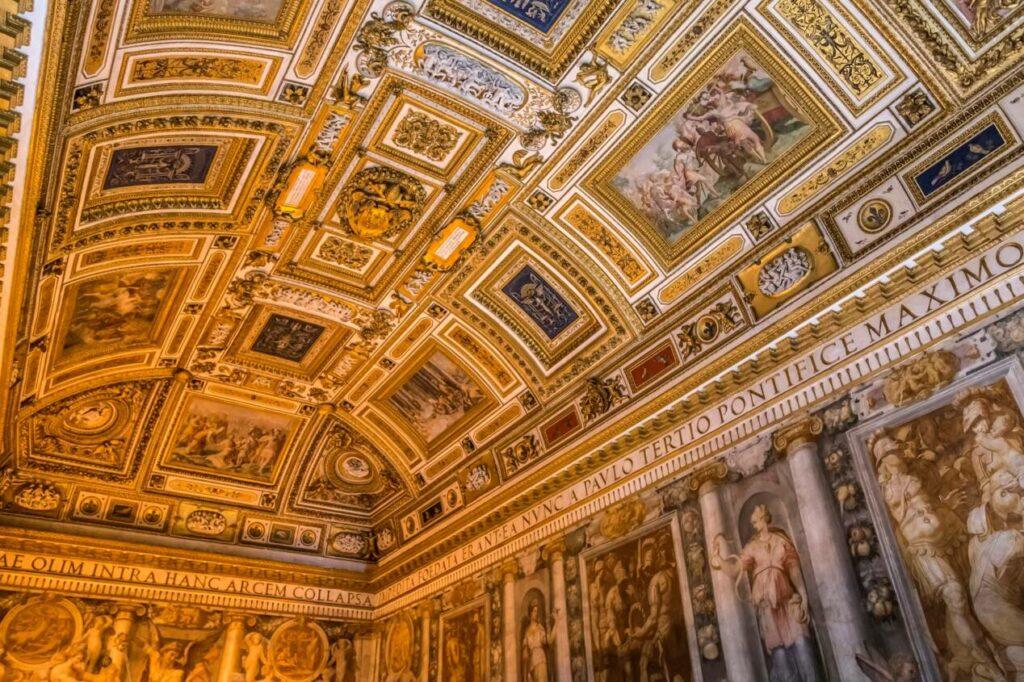 interieur chateau st ange
