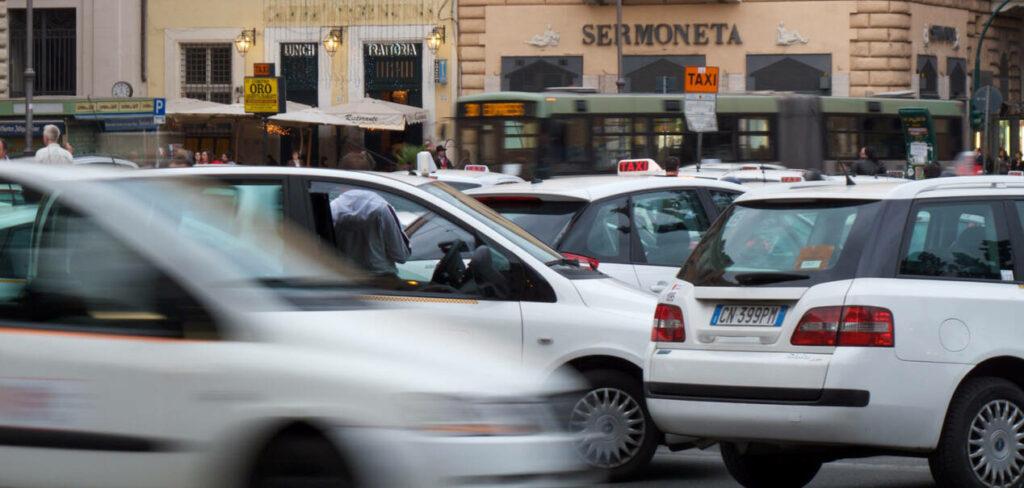 rejoindre centre ville rome taxi