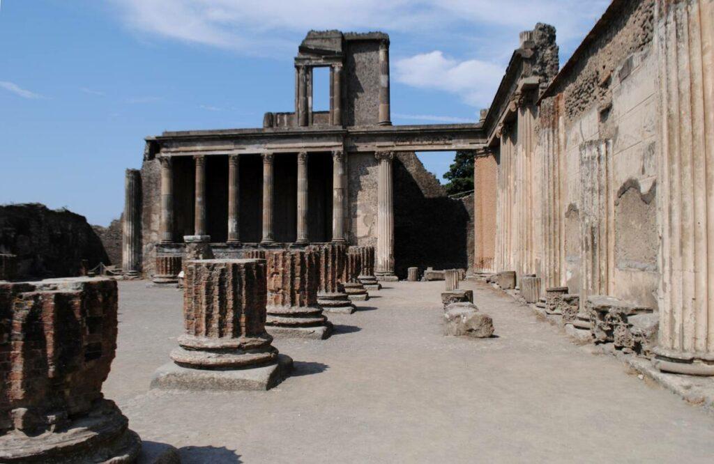 visiter pompei depuis naples
